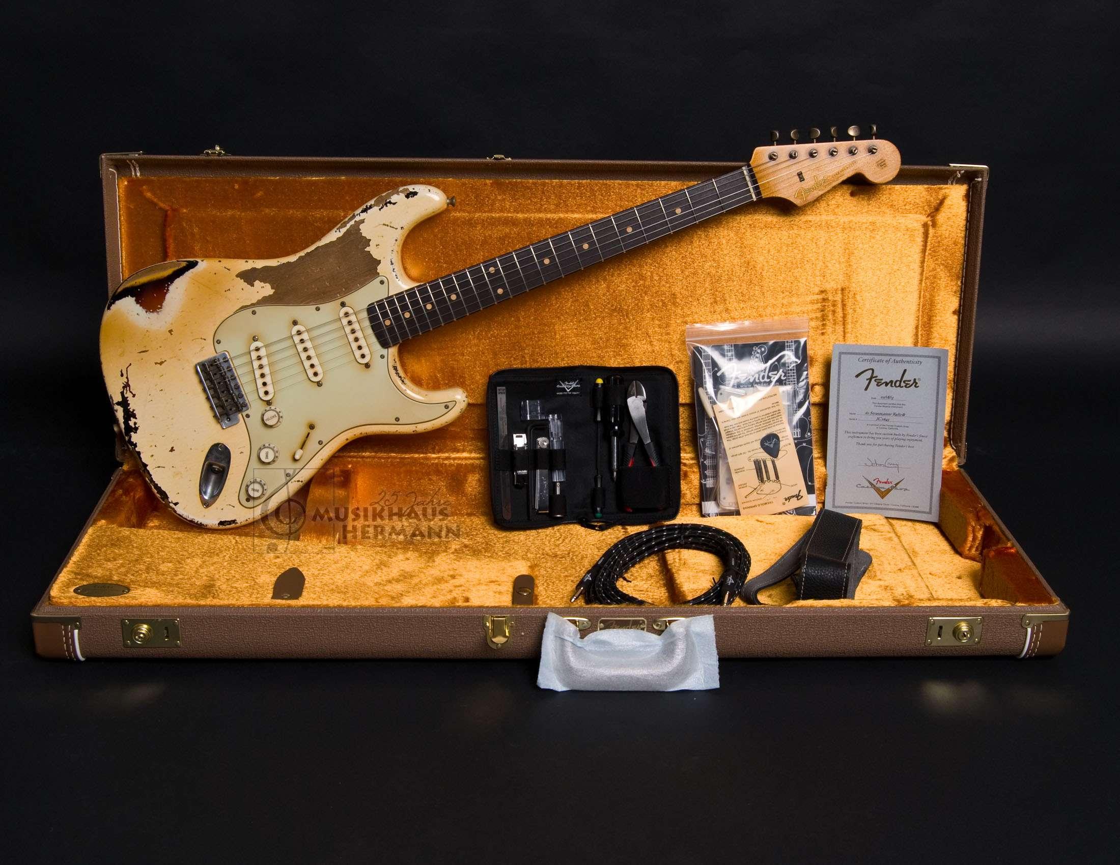 Fender Masterbuilt John Cruz 1961 Stratocaster   Musikhaus Hermann ...