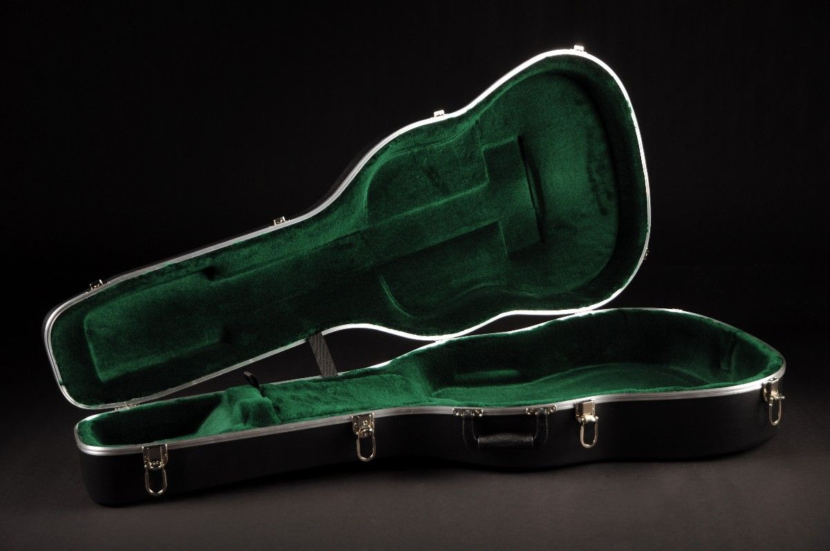 Koffer Akustik-Gitarre C.F. Martin - ABS Style - OM oder 000 MC-ABS-OM