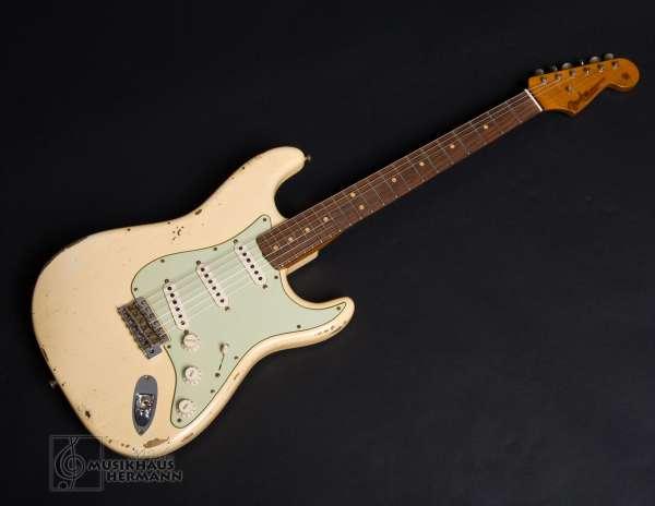 Fender strat vintage weiß